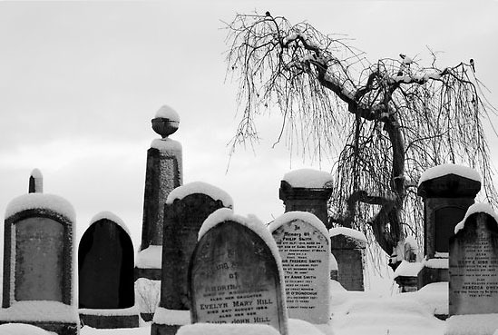 death-graveyard-snow-winter-Favim.com-257739