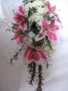 stargazer-lily-wedding-flowers
